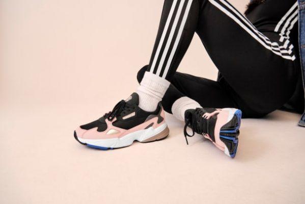 săn sale adidas Nhật